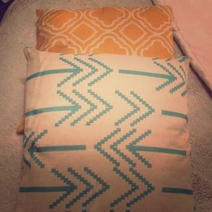 Other - Two cute throw pillows!